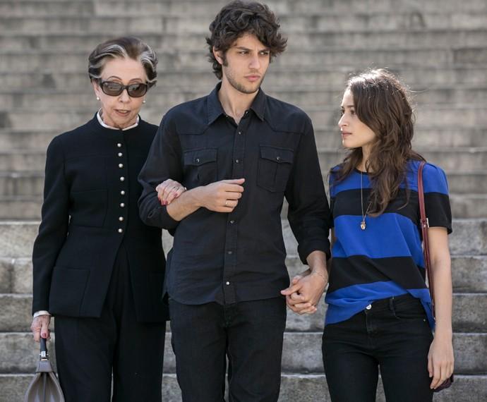 Chay Suede grava cenas finais ao lado de Fernanda Montenegro e Luisa Arraes (Foto: Inácio Moraes/Gshow)