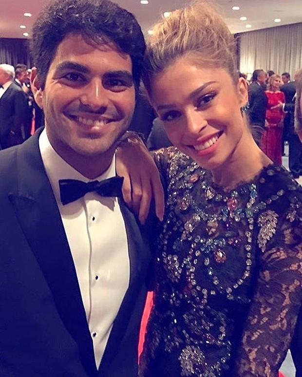 Patrick Bulus e Grazi Massafera na primeira foto que a atriz postou com o namorado em seu perfil no Instagram (Foto: Reprodução/Instagram)