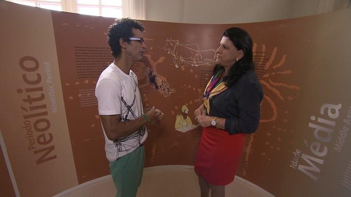 No Museu de Energia, Jackson Costa entrevista Ana Cristina Santiago (Foto: TV Bahia)