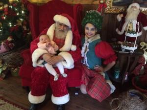 Ppai Noel atende a criançada em Canela (Foto: Cátia Chagas/G1)