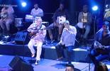 Zeca Pagodinho se apresenta com Moacyr Luz & Samba do Trabalhador