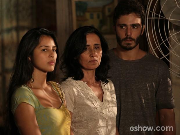 Berenice enfrenta seu pior pesadelo: Kléber (Foto: Fábio Rocha/TV Globo)