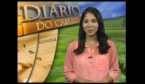 Apresentadora Kriss Oliveira  (Foto: Reprodução / TV Diário)