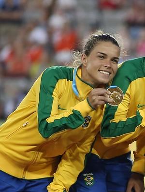 Futebol feminino Brasil Pan Tamires medalha Toronto (Foto: Tom Szczerbowski/Reuters)