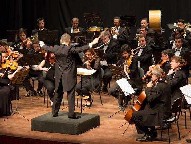 G1 orquestra sinf nica de limeira faz concerto natalino for Musica classica