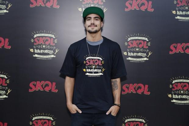 """Caio Castro no """"esquenta"""" da Skol para o festival Lollapalooza em SP (Foto: Felipe Panfili/AgNews)"""