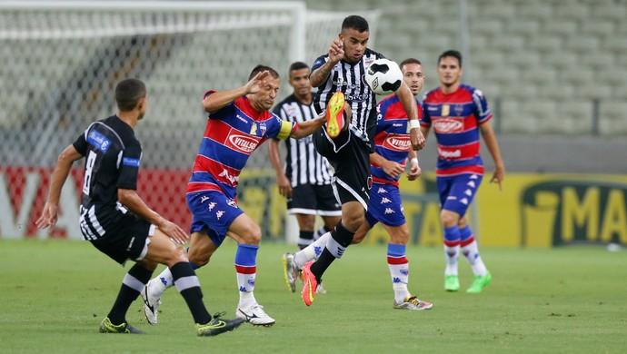 Fortaleza x Botafogo-PB Copa do Nordeste Arena Castelão (Foto: JL Rosa/Agência Diário)