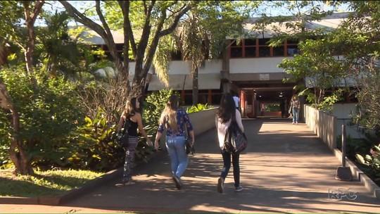 Após mais de 40 dias, estudantes da UEL decidem encerrar paralisação