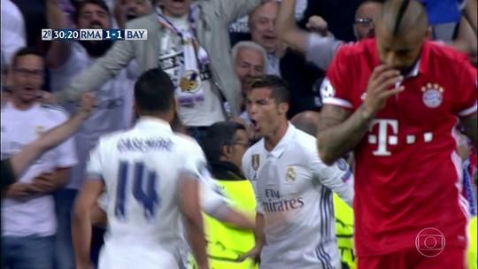 Cristiano Ronaldo pede que torcedores do Real parem de vaiá-lo