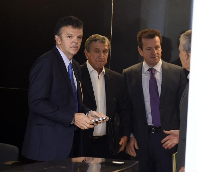 Gilmar RInaldi Parreira Zagallo reunião de técnicos CBF (Foto: André Durão)