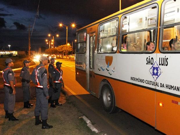 ônibus em São Luís (Foto: Reprodução / TV Mirante)