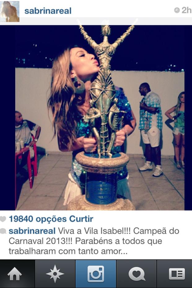Sabrina Sato na quadra da Vila Isabel (Foto: Reprodução/Instagram)