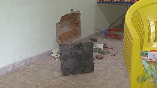 Polícia apreende cofre na casa de suspeito preso por assalto à Prosegur