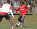 Com Lucho e Gedoz, Atlético-PR volta aos treinos de olho no Londrina