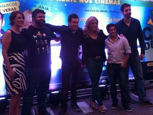 Elenco de 'Copa de elite' lança filme em São Paulo (Foto: G1)