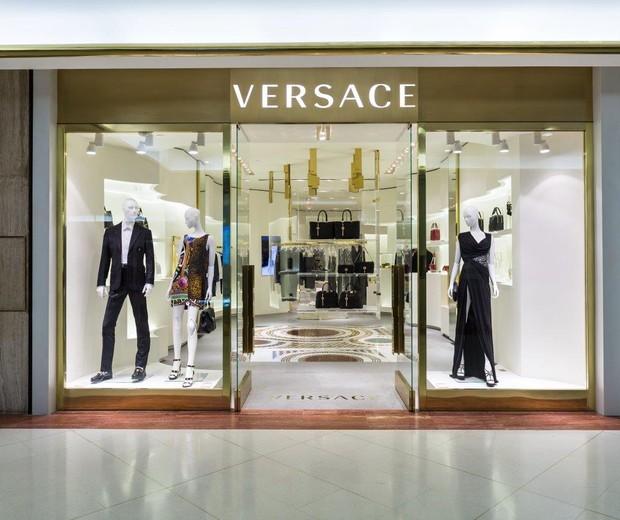 Fachada da butique da Versace no Shopping Iguatemi São Paulo (Foto: Divulgação)