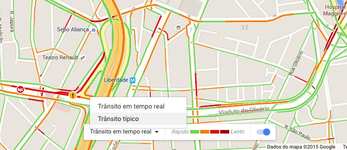 Alternando entre trânsito em tempo real e típico (Foto: Reprodução/Helito Bijora)
