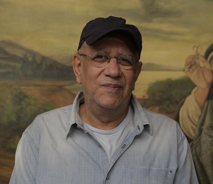 O simpático Saulo Laranjeira é o ator que interpreta o prefeito Raimundo (Foto: Inácio Moraes/ Gshow)