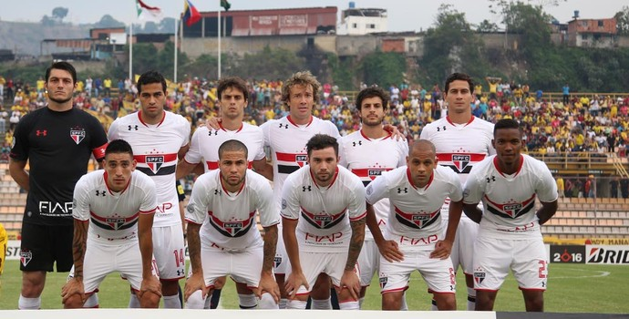 São Paulo posada Trujillanos Libertadores (Foto: Rubens Chiri / saopaulofc.net)