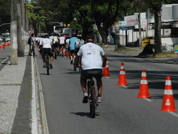 Ciclistas abraçaram o projeto 'Ciclofaixa do Lazer' neste domingo, em João Pessoa (Foto: Frederico Martins/G1)