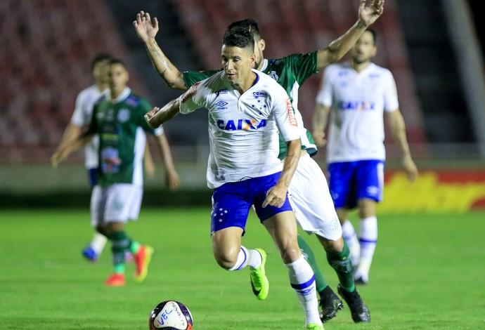 Thiago Neves completa 500 jogos na carreira e celebra