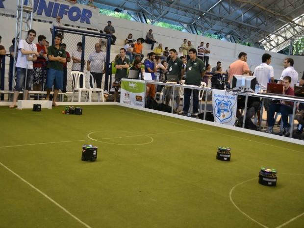 Robotic Trends reunE 1.600 competidores em diversas categorias. (Foto: André Teixeira/G1 CE)