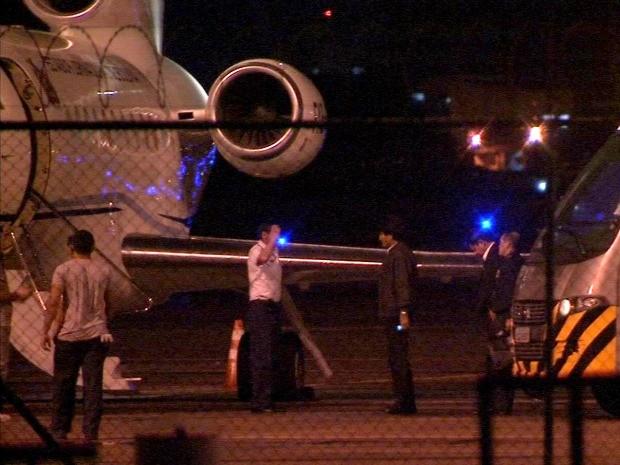Aeronave do presidente fez pouso técnico em Fortaleza para abastecimento (Foto: Carlos Marlon/TV Verdes Mares)