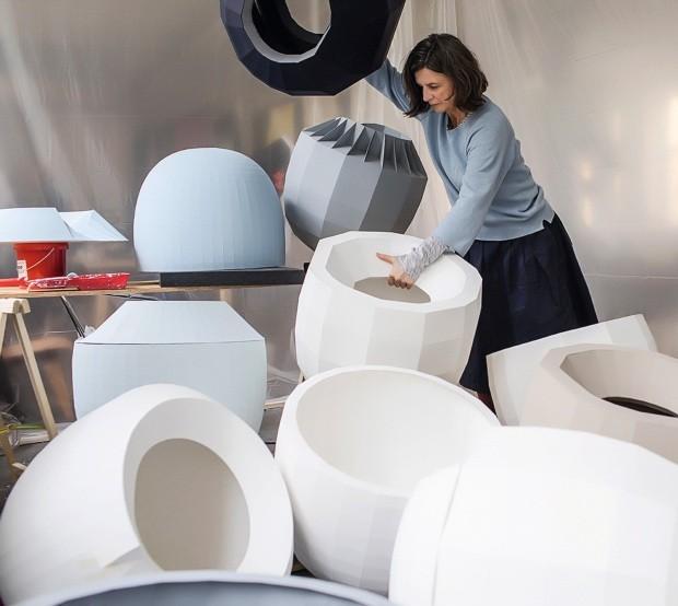 Hella Jongerius, a designer das composições cromáticas (Foto: Roel van Tour )