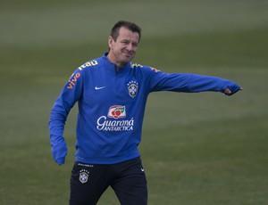Dunga, treino seleção brasileira (Foto: Leo Correa / Mowa Press)