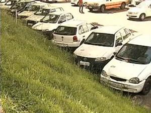 Frota da prefeitura de Ponta Grossa (Foto: Reprodução/RPC TV)