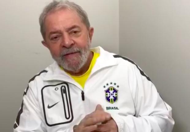 O ex-presidente Luiz Inácio Lula da Silva anuncia caravana pelo país (Foto: Reprodução/Facebook)