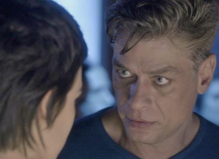 Arthur dá fora em Leila para defender Eliza