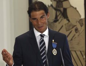 Rafael Nadal Medalha de Ouro ao Mérito no Trabalho (Foto: Sergio Barrenechea/EFE)