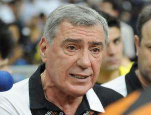 Paulo Mussalem, técnico do Carlos Barbosa (Foto: Luciano Bergamaschi/Divulgação)