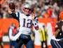 Tom Brady é ovacionado na volta de suspensão e lidera vitória dos Patriots