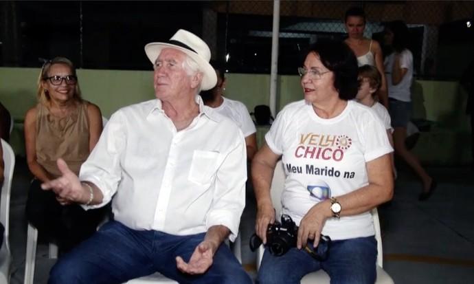 Família reunida para ver o cearense Pedro Braga em cena. (Foto: Se Liga VM)