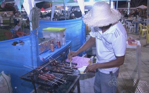 Ambulantes aumentam a renda na época de festa junina em Roraima (Foto: Bom Dia Amazônia)