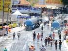 Depois de lavar a alma no 'arrastão', baianos lavam as ruas de Salvador