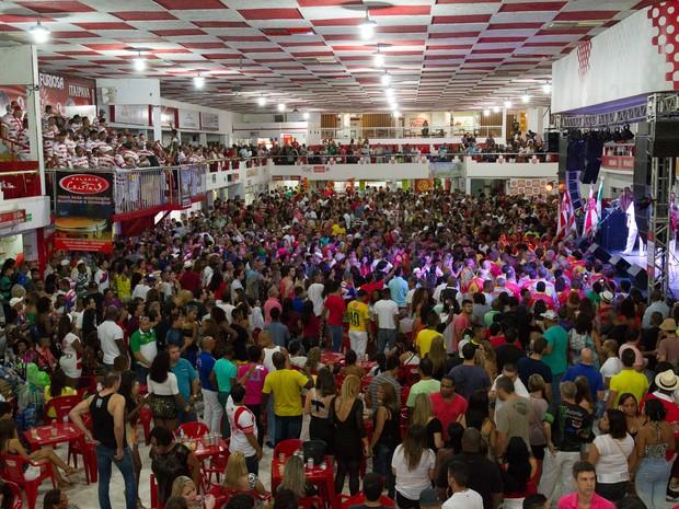 Quadra do Salgueiro fica lotada em dia de samba (Foto: Alex Nunes/Salgueiro/Divulgação)