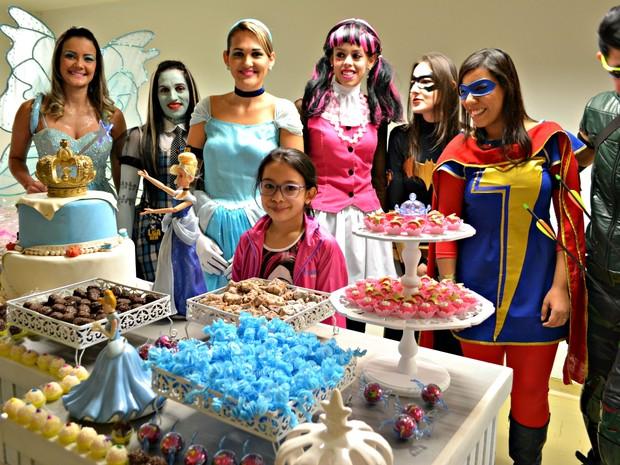 Liga do Bem em festa surpresa para filha de paciente em Campo Grande (Foto: Santa Casa de Campo Grande / Divulgação)