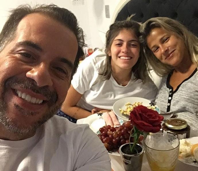 Leandro Hassum com sua família (Foto: Arquivo Pessoal)