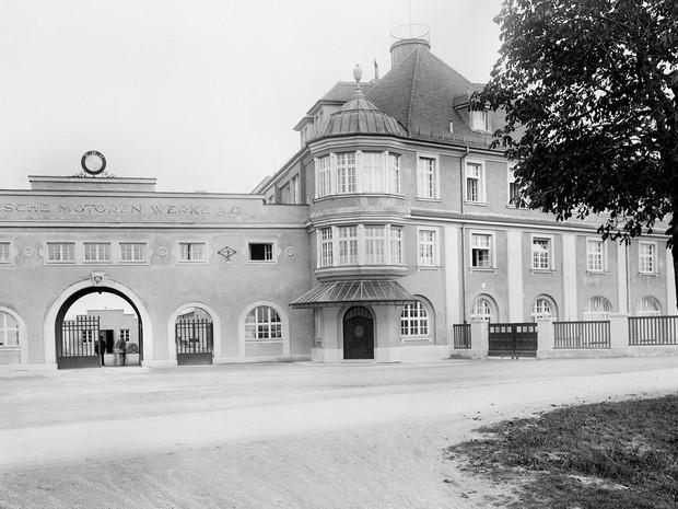 Fábrica de BMW em Milbertshofen, em Munique (Foto: Divulgação)