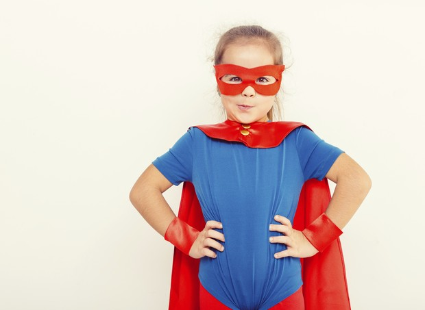 criança; fantasia; super-herói; menina (Foto: Thinkstock)