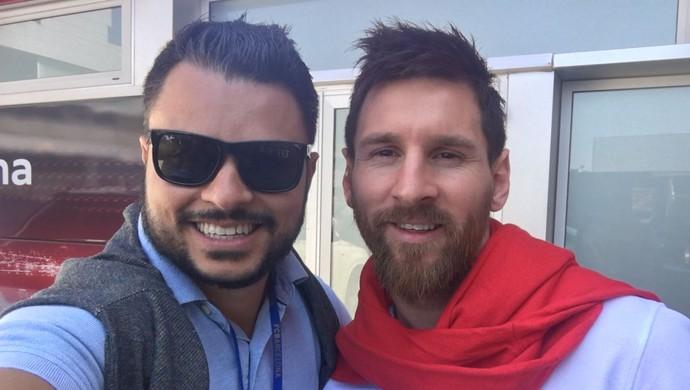 Fellipe Drommond, presidente do Sorocaba ao lado de Lionel Messi (Foto: Arquivo Pessoal)