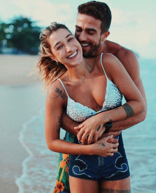 Gabriela Pugliesi e Erasmo Viana posam em clima de romance (Foto: Reprodução/Instagram)