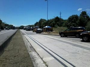 PRF realiza operação na Via Dutra (Foto: Divulgação/PRF)