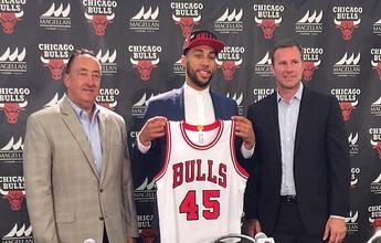 Calouro dos Bulls escolhe número 45, usado por Michael Jordan em 1995