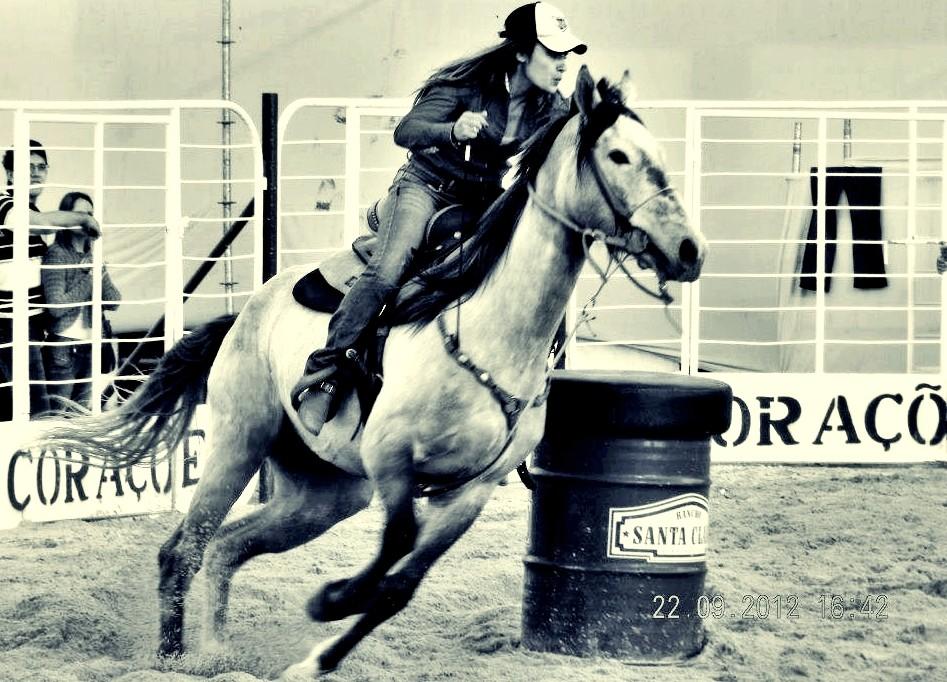 Paixão por cavalos faz a cabeça das meninas em Itapeva, SP (Foto: Divulgação / Arquivo Pessoal)