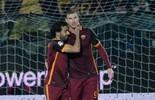 Com dois gols em menos de dois minutos, Roma vence Carpi  (Dino Panato / Getty Images)