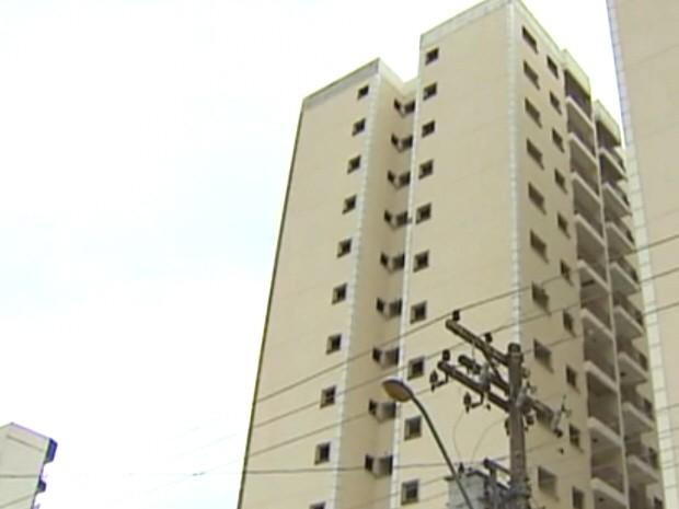 Local onde ocorreu o acidente na zona sul de São José dos Campos. (Foto: Reprodução/TV Vanguarda)